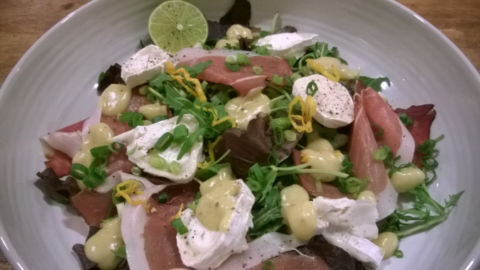 parma ham and goats' cheese salad